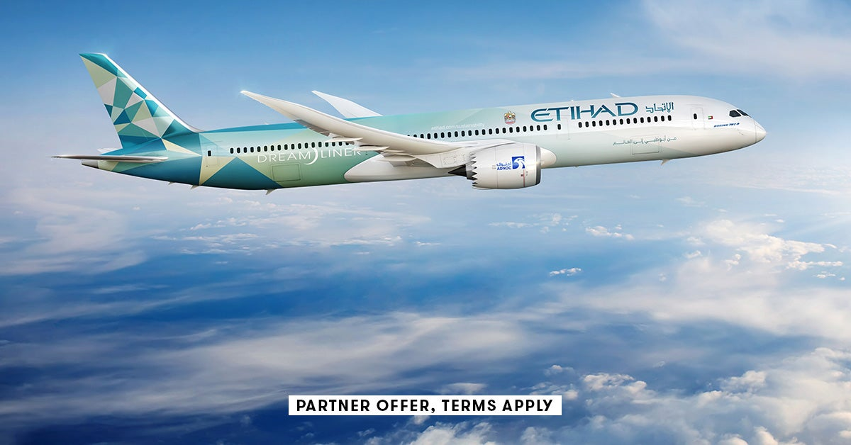 Amex cardholders can save up to 10% on their next Etihad flight