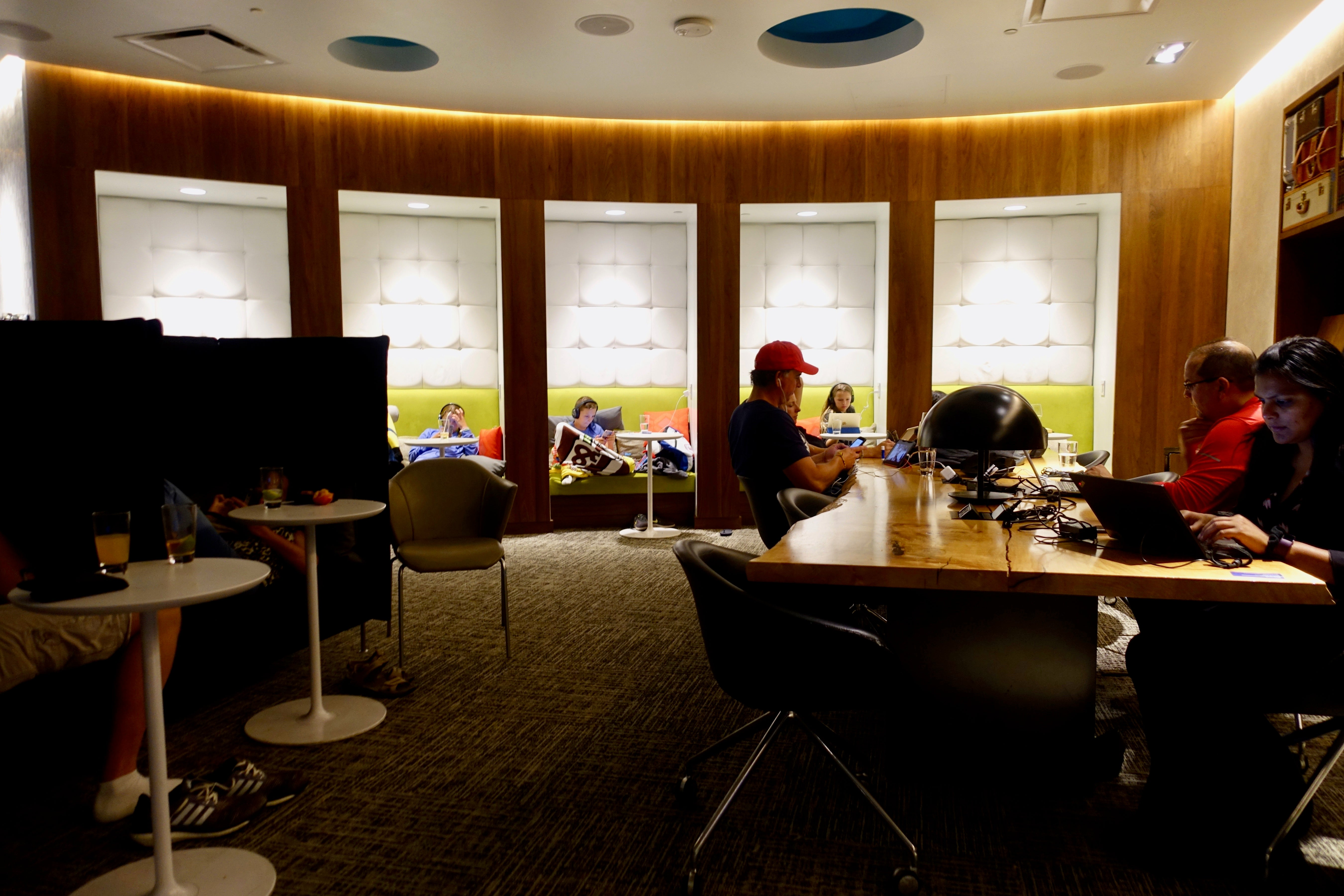 7 Centurion Lounges in 7 Days: The Results
